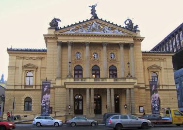 03-2019-Praha 1, Státní opera 1.JPG