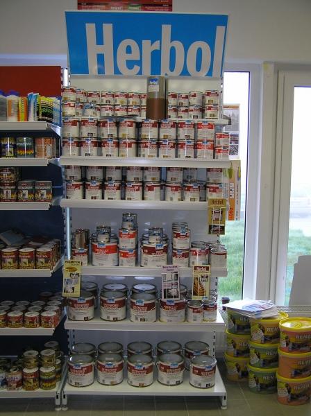 Regál Herbol v prodejně